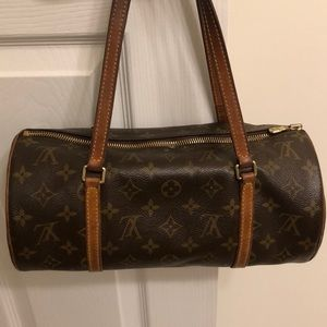 Louis Vuitton Papillon NM Authentic